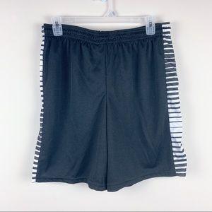 NWOT Men's Athletic Shorts w/side Stripes